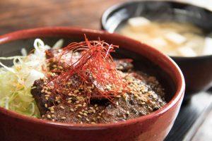 和食と豚みそ丼ちんばたの武州和牛味噌漬丼 ランチメニュー